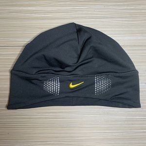 Nike Fit Dry Running Base Layer Beanie Hat